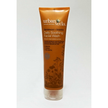 https://www.bharat.cz/620-thickbox/gel-cistici-se-santalem-150-ml-urbanveda.jpg
